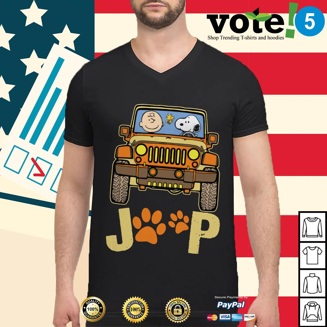 Charlie Brown and Snoopy Jeep paw dog Guys shirt